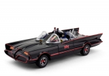Batman 1966 Batmobile with Batman and Robin Bendable Figures 1/24