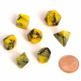 Kocka Set (7) - BF Fairy Dice BiColor MINI 12 mm  Yellow/Black