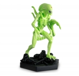 The Alien & Predator Figurine Collection 1/16 Vision Xenomorph (AvP) GITD