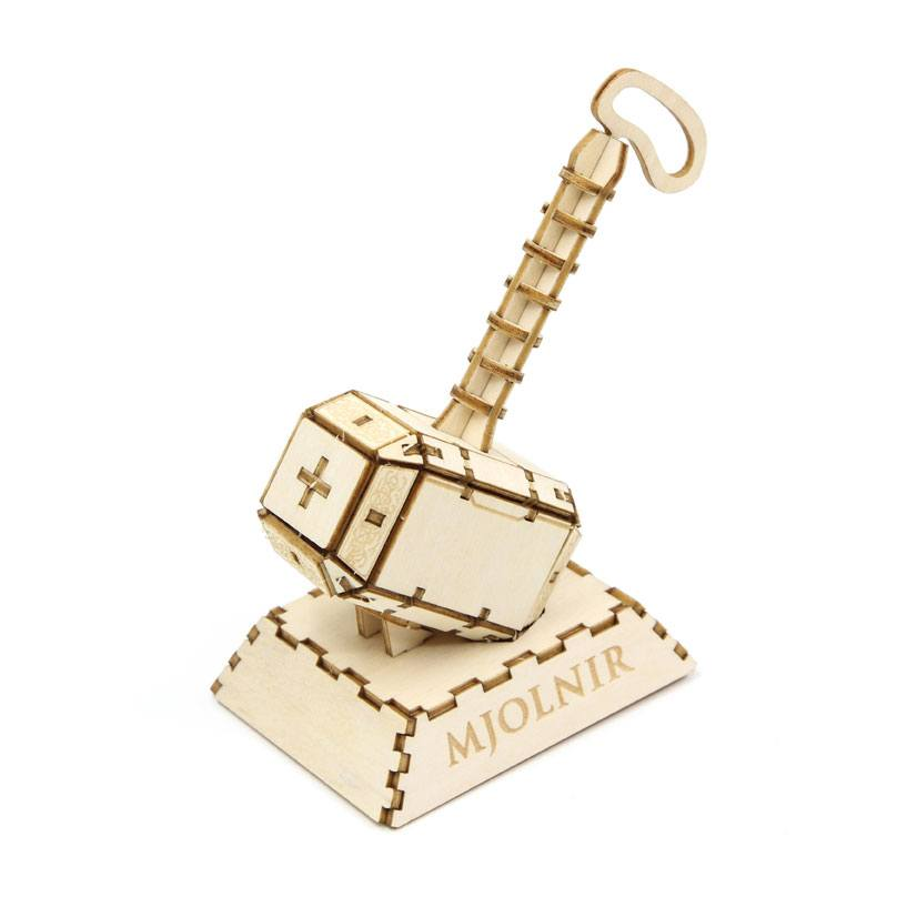 Model - Marvel Comics IncrediBuilds 3D Wood Model Kit Thor (Mjolnir)